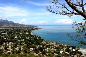 Distrik Manatuto dilihat dari atas bukit.