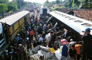 Kecelakaan Kereta di Petarukan (Source: Wikipedia)
