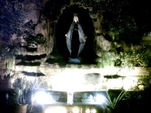 Gua Maria Gereja MBK