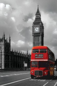 Antara Solo dan London (credit photo: allposters.co.uk)