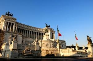 Bangunan yang selesai pada awal abad 19 ini sangat cantik ketika pagi hari.