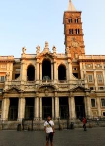 Basilika St. Maria Maggiore. Salah satu Basilika yang terbesar di Roma.